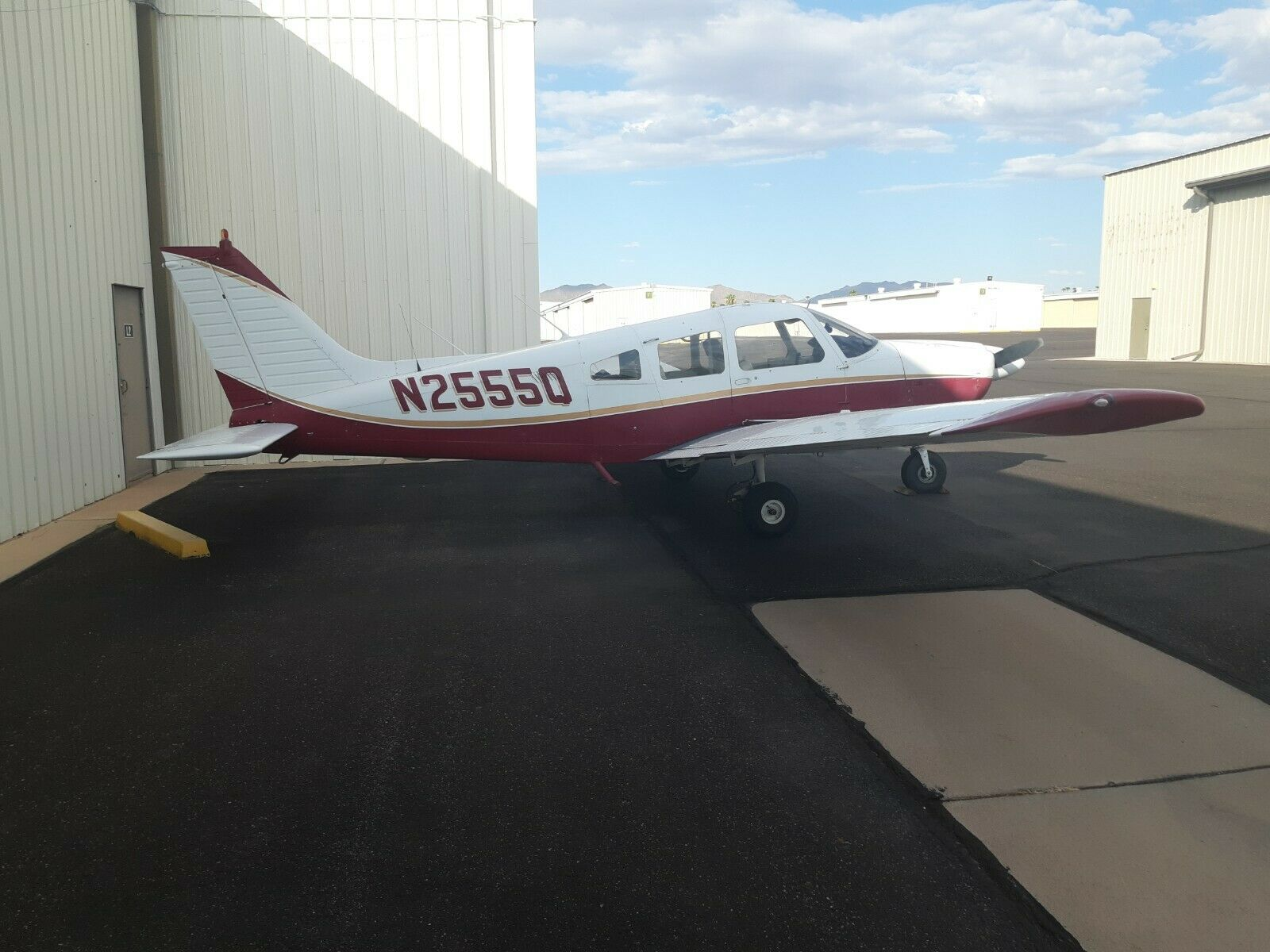 very nice 1977 Piper PA28 181 Archer II Aircraft