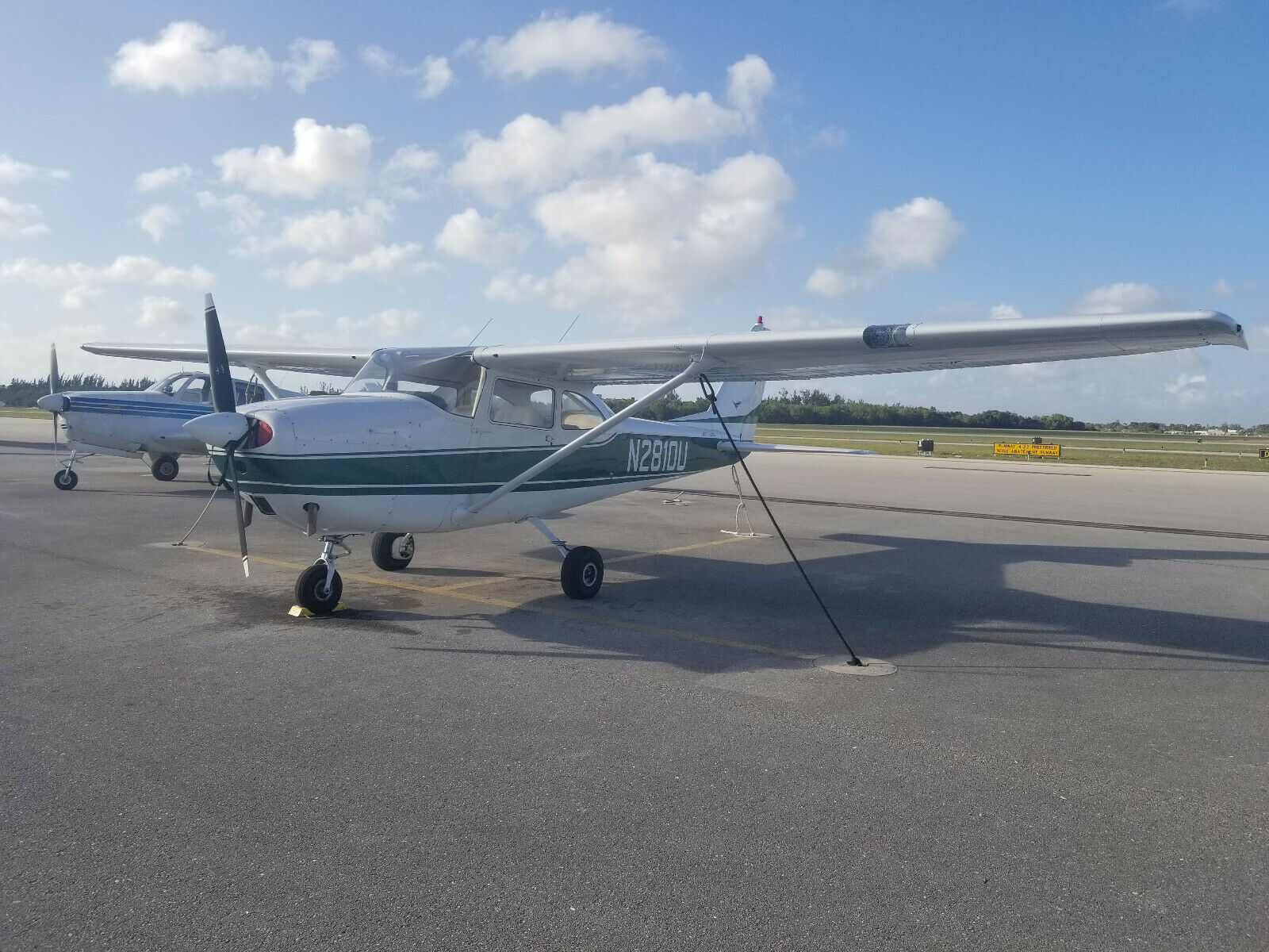 Clean 1963 Cessna Skyhawk aircraft for sale