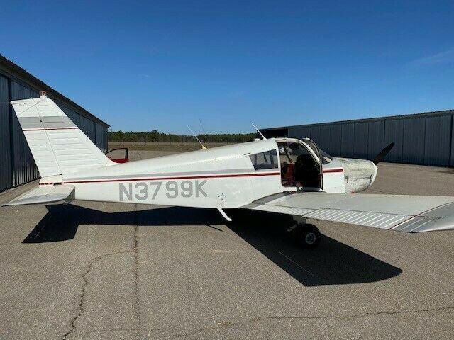 solid 1967 Piper Cherokee 140 aircraft