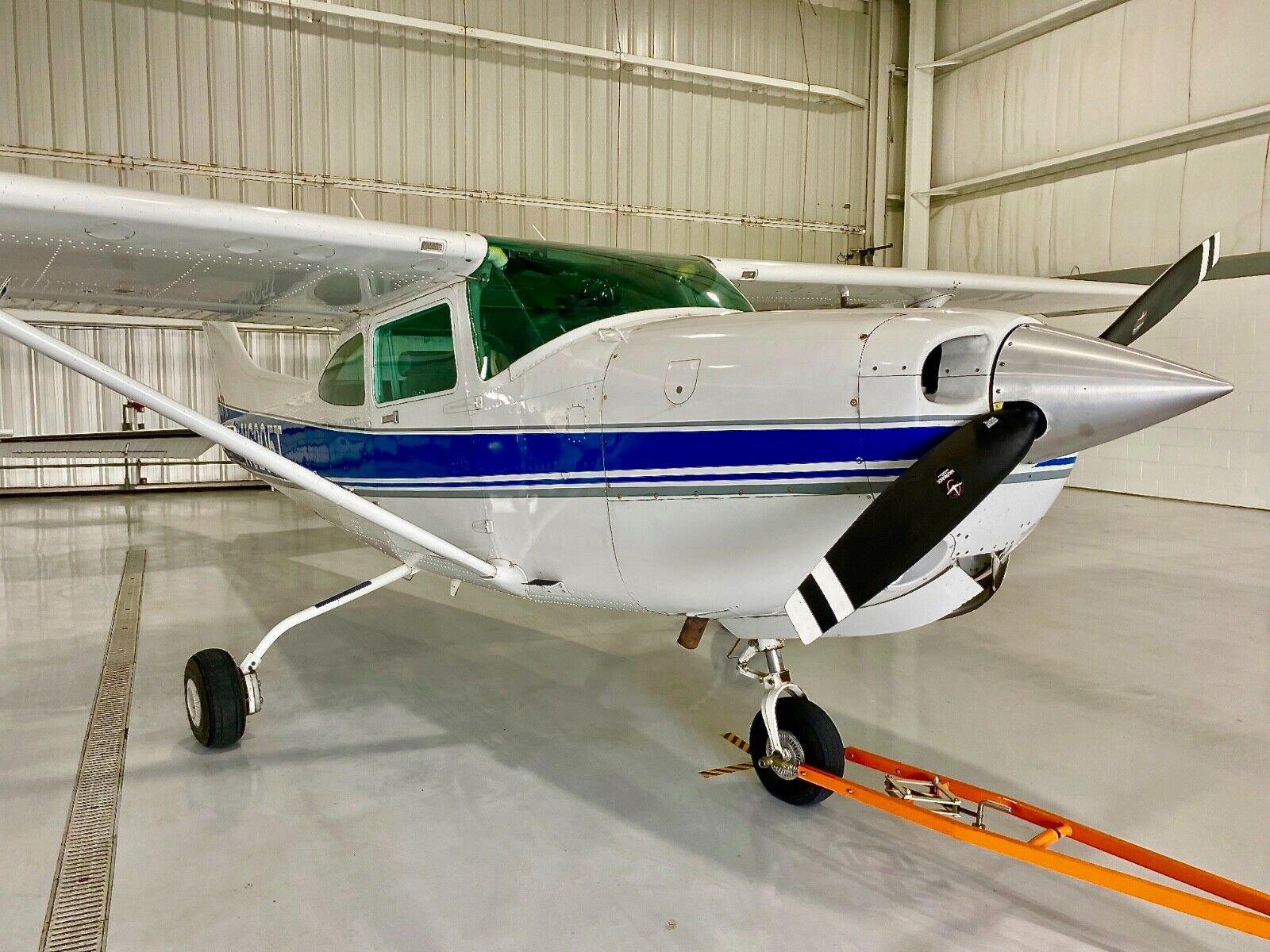 needs repair 1983 Cessna 182rg II aircraft for sale