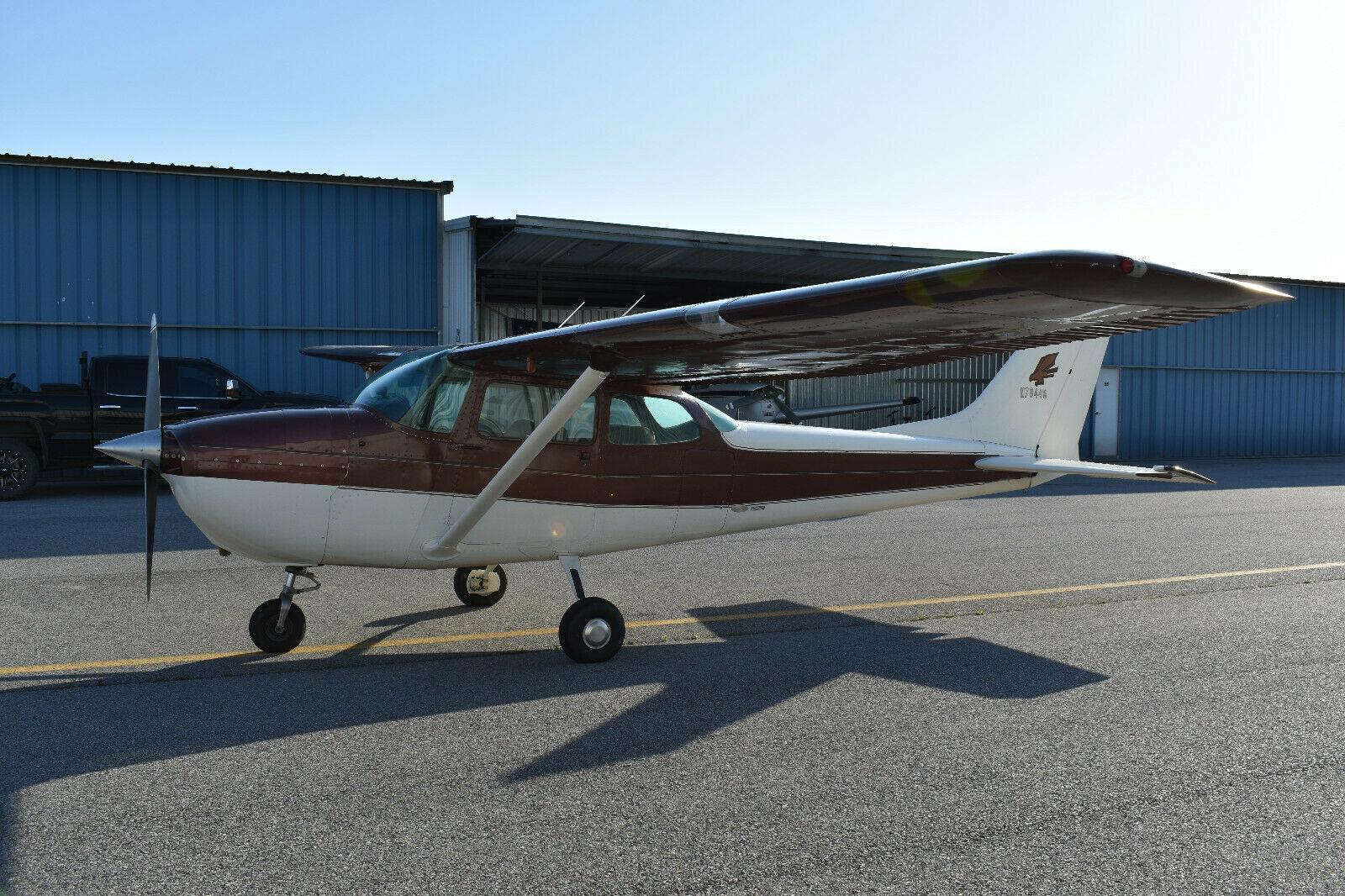 hangared 1969 Cessna 172K aircraft