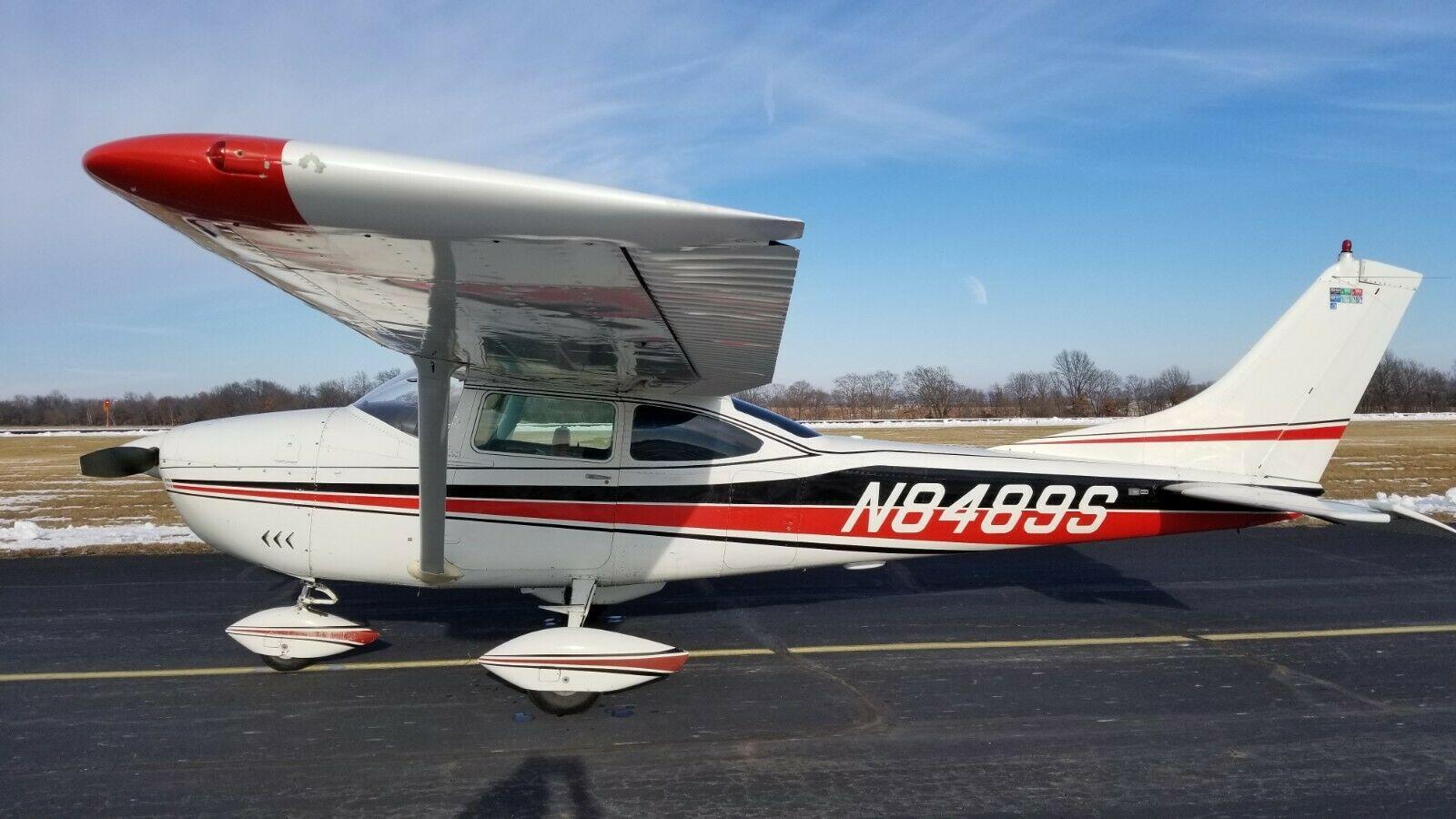 low time 1965 Cessna 182H SKYLANE aircraft