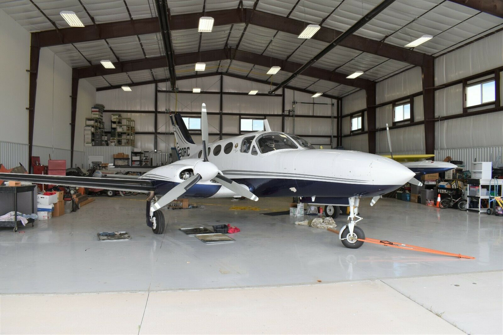 very nice 1970 Cessna 421B Golden Eagle Flying Aircraft for sale