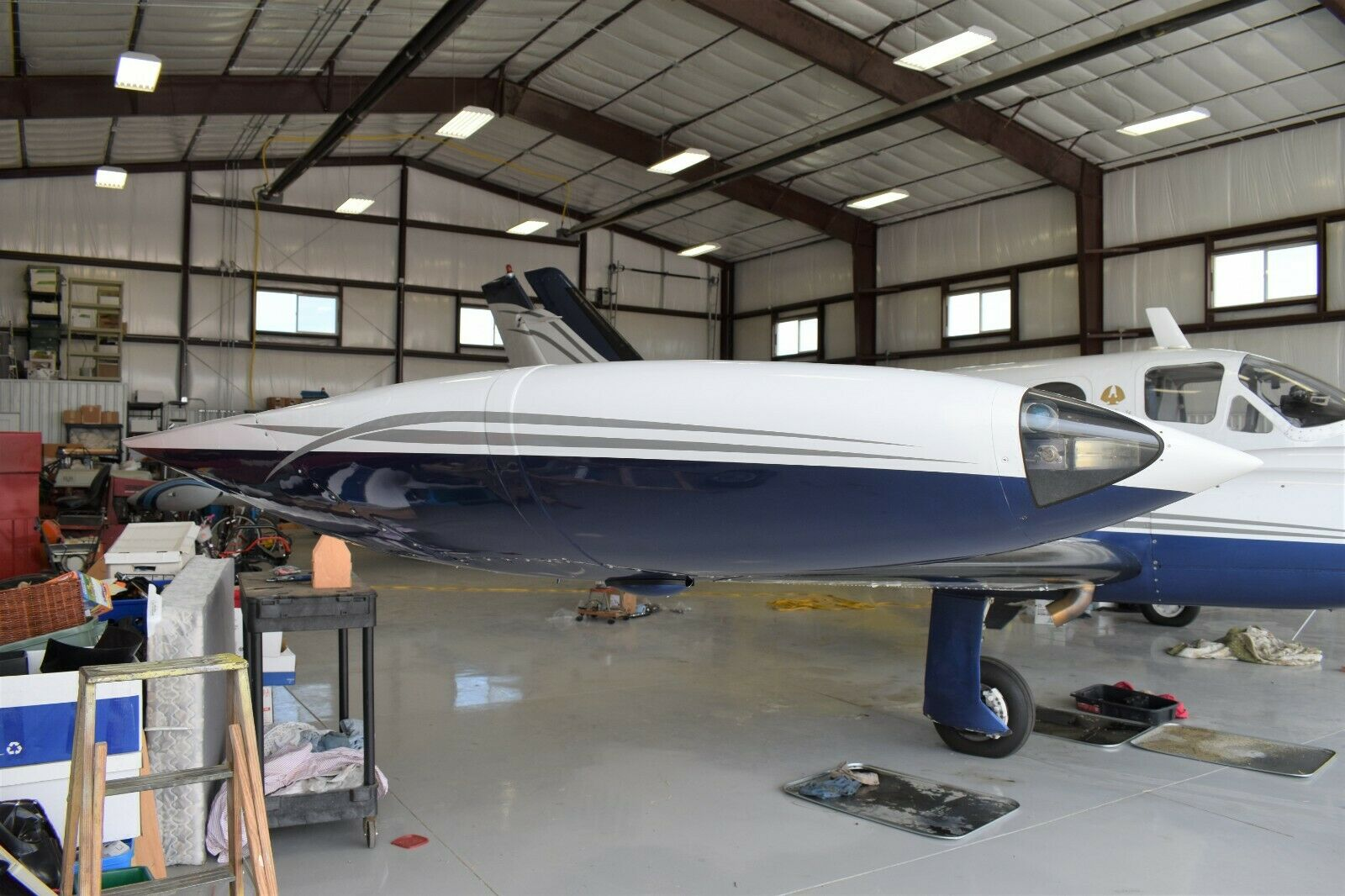 very nice 1970 Cessna 421B Golden Eagle Flying Aircraft